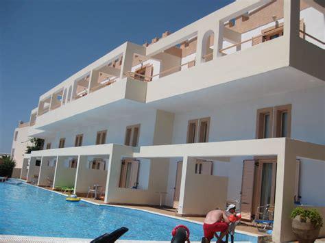 chambre avec piscine privative quot chambre familliale avec piscine privative quot hotel mitsis