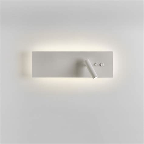 7855 edge reader led switched wall light white