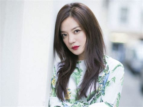Zhao Wei Denies Rumours Of Divorce