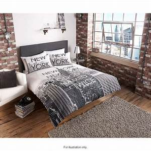 Bm new york city scene king duvet set 2967991 bm for Bedding stores nyc