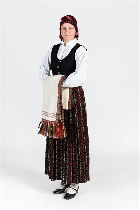 Zemgales novada meitas/sievas tērps — Katram Savu Tautastērpu