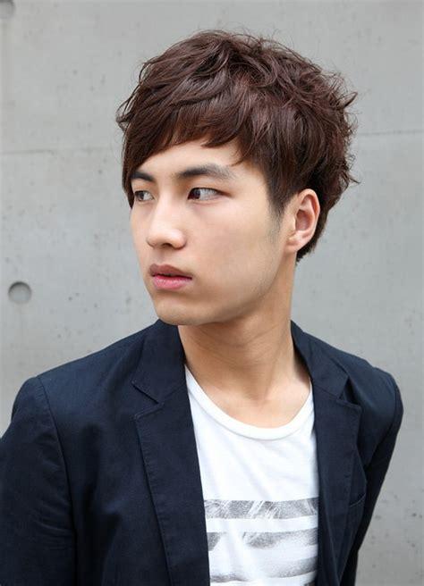 mens hairstyles korean curly hairstyles  men curly