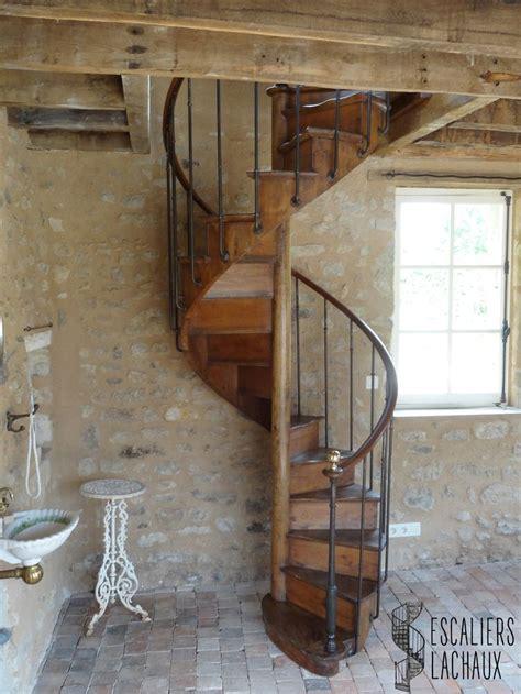 Escalier Colimaçon Bois Metal by 1000 Ideas About Escalier Colima 231 On Bois On Pinterest