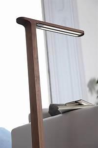 Stehlampe Holz Design : moderne stehlampen designs zeitlose standleuchten ~ Watch28wear.com Haus und Dekorationen