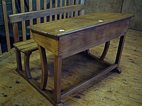 pupitre d 233 colier ancien 224 abattants avec ses deux encriers antiquites brocante meubles