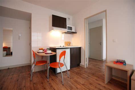 chambre universitaire chambre universitaire vert bois montpellier design de maison