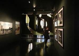 Exhibition Design V&A Museum | Tarek Atrissi Design | The ...