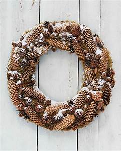 Frosted, Pinecone, Wreath