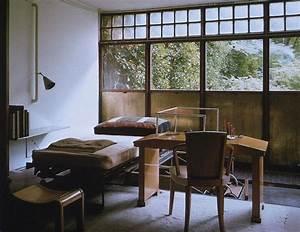 Maison De Verre : incredible windows and light quality in pierre chareau 39 s maison de verre in paris ~ Orissabook.com Haus und Dekorationen