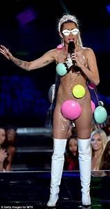 MTV VMAs Hostess Miley Cyrus Causes A Stir With 11 Eyebrow