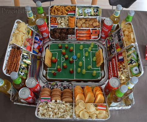 geburtstagsfeier 18 ideen prachtst 252 ckle fu 223 snack stadion geschenk ideen fu 223 snacks geschenkideen und