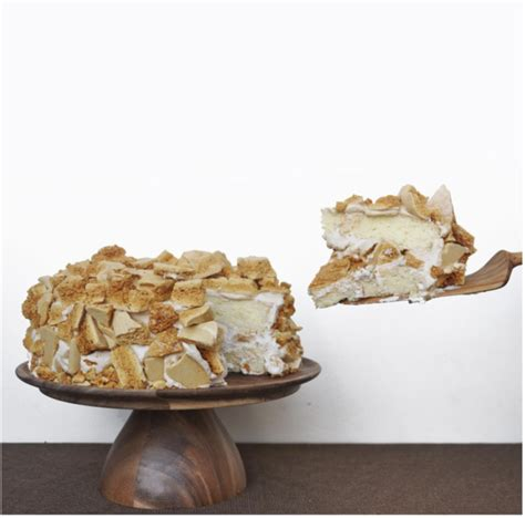 We made the candy by adding baking soda to a simple. Blum's Coffee Crunch Cake | Crunch cake, Cake, Crunch