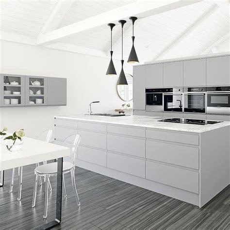grey and white kitchen ideas 25 best ideas about white grey kitchens on