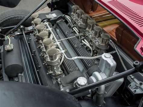 lamborghini miura svj  bertone engine photo