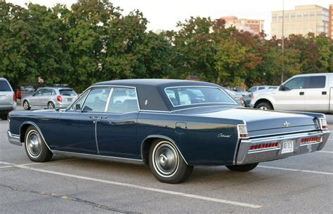 1969 Lincoln Continental left rear view | CLASSIC CARS ...