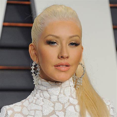Christina Aguilera - Songs, Burlesque & Age - Biography