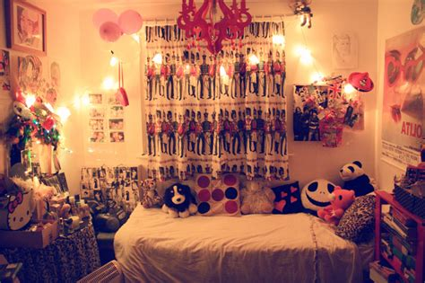 young woman bedroom and string lights creative ways to decorate your bedroom with string lights