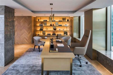quiens road office  beige design  hong kong