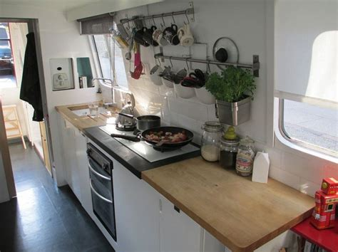 designing a small kitchen 17 best images about boat kitchens on stove 6662