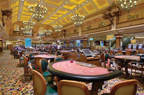 las vegas table games gold coast hotel casino