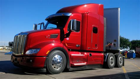 Driving The Peterbilt 579 With Mx-11 Engine