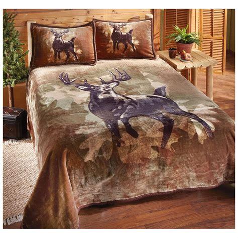 deer comforter set buckwear deer coverlet set 227941 quilts at sportsman s guide
