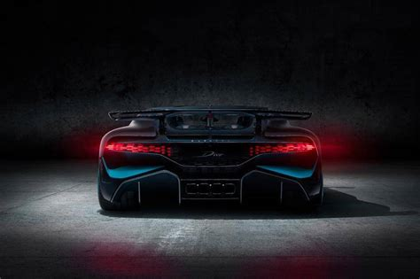Bugatti chiron w16 is a name that needs no introduction. Bugatti Divo Price In Pakistan - All The Best Cars