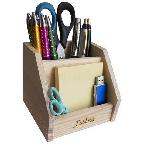 amikado pot crayons en bois grav une id e de cadeau original wishlist button pot a