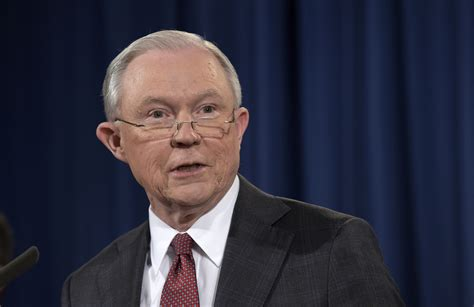Jeff Sessions recuses himself from Trump campaign ...