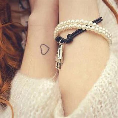 petit tatouage coeur petit tatouage  tattoo oui