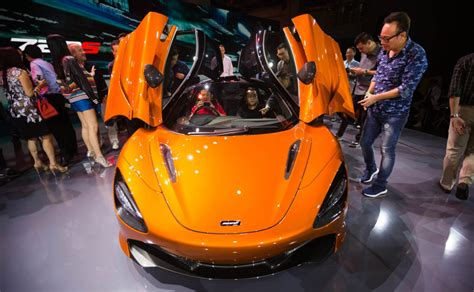 Mclaren 720s Makes Its Asia Pacific Premiere In Singapore