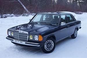 No Reserve  1983 Mercedes