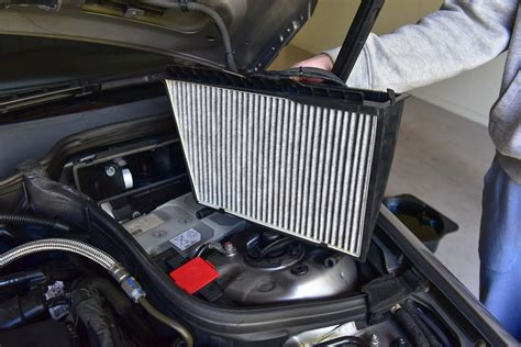 Changing Cabin Pollen Filter