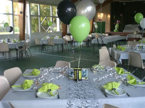 deco de table gris et vert anis