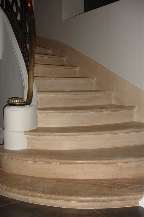 escalier vieillis ch 234 ne blanchi sadeco le sp 233 cialiste en cuisines et salles de bain haut de