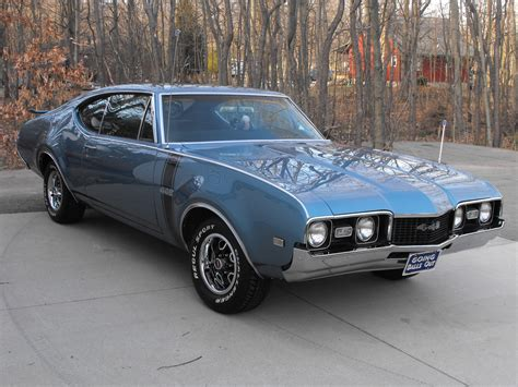 Oldsmobile : 1968 Oldsmobile 442 Review, Specs, Hurst Olds
