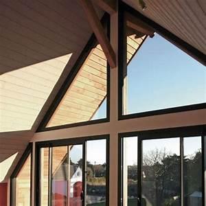 Rehausse Velux Toit Faible Pente : 7 fen tres de toit pour clairer vos combles c t maison ~ Nature-et-papiers.com Idées de Décoration