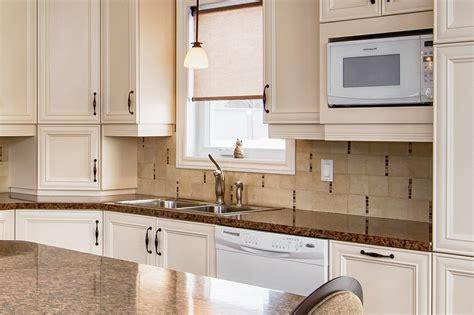 tendence cuisine couleur meuble cuisine tendance ukbix