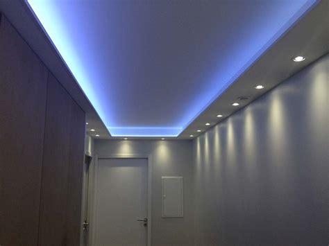 les bureaux de poste eclairage couloir institut beaute eclairage led