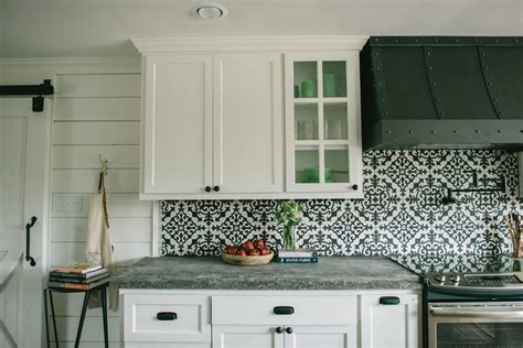 and white tiles for kitchen fixer on chip and joanna gaines joanna 9199
