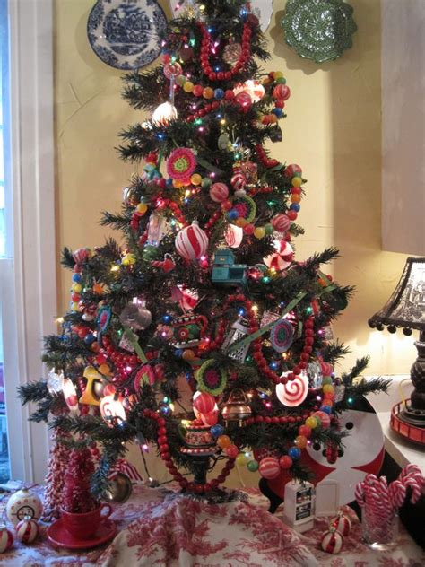 opulent cottage kitchen christmas tree