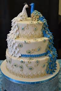 gateau mariage original 25 best ideas about peacock cake on peacock wedding cake beautiful cakes and