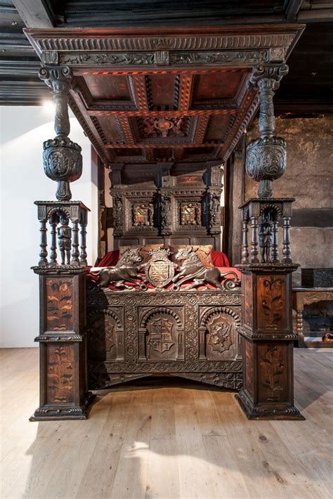 elizabethan bed bought   princess