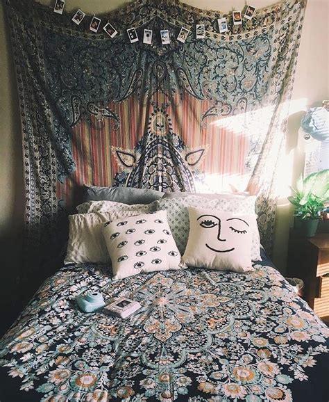 25 best ideas about bohemian bedroom decor on