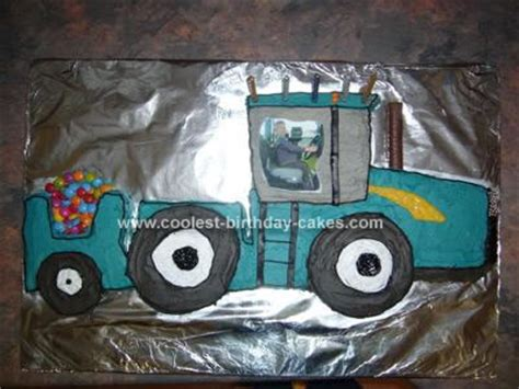 coolest  holland tractor cake