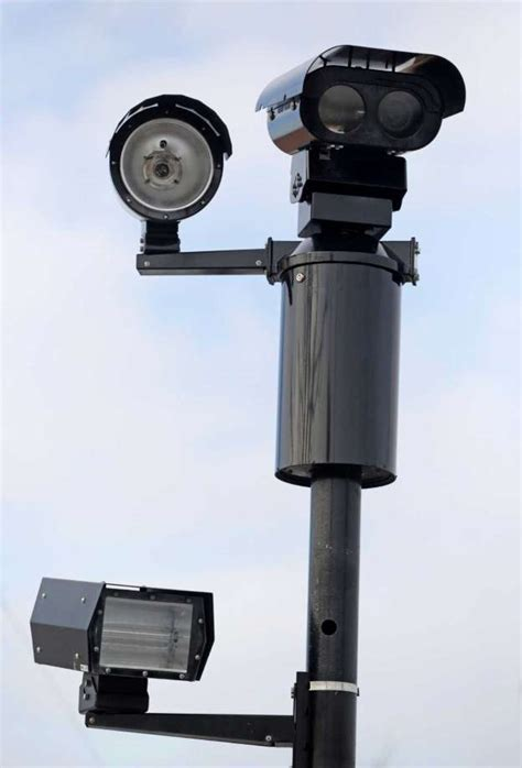 traffic light cameras light cameras mixed results houston chronicle