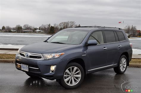 2013 Toyota Highlander Hybrid by Auto123 New Cars Used Cars Auto Shows Car Reviews