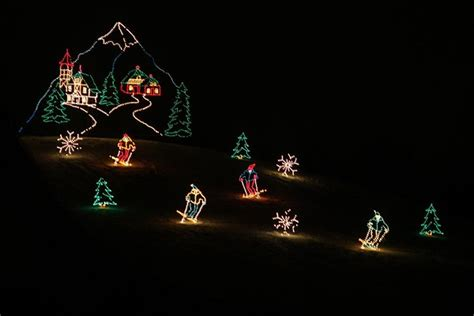 hines drive christmas lights 100 things all detroiters should do before they die