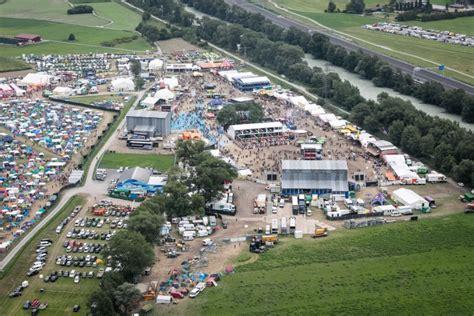 Open air gampel vom 19.08.2021 bis 22.08.2021 in 3945 gampel @ festivalgelände am rotten in den walliser bergen startet das open air gampel mit jeder menge top live acts auf 2 bühnen. Open Air Gampel | Kultur Agenda Wallis