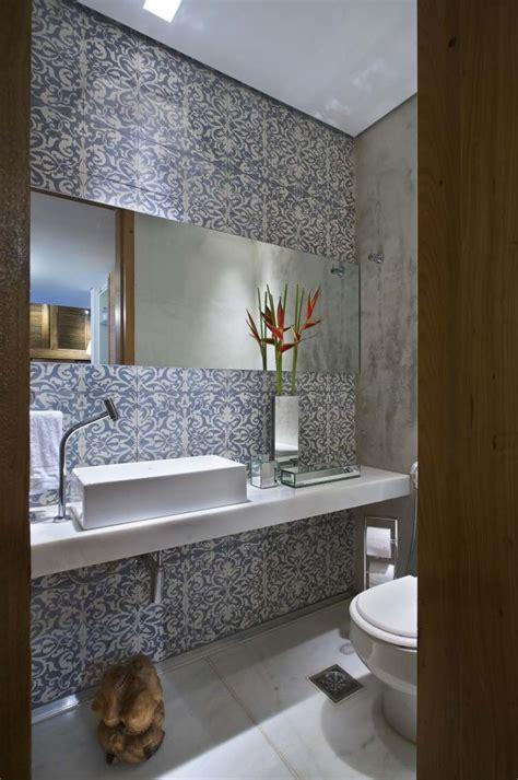 moderne badezimmer fliesen  ideen fuer badgestaltung